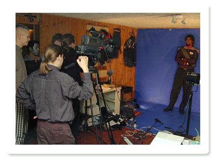 Dreharbeiten im Wohnzimmer von Samuli Torssonen