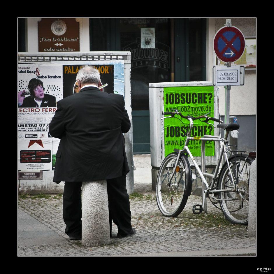Ein Jobgesuch 2.0 muss man sich als digitales Plakat vorstellen. Foto: sven.glomme (CC BY 2.0)