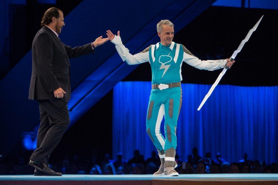 Marc Benioff und Parker Harris während der zentralen Keynote. (Foto: Jakub Mosur Photography)