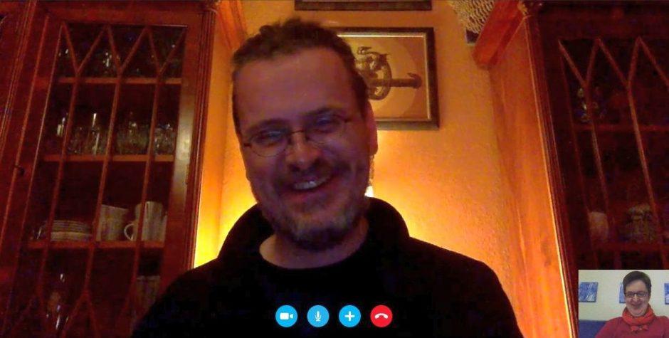 Kai beim Skypen mit Annette