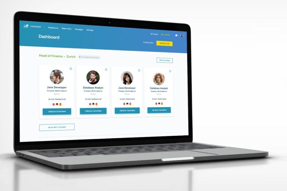 Das Lionstep-Dashboard auf einem Laptop